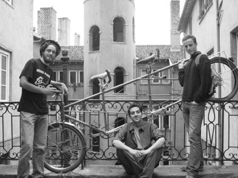 Triplette 2004 Paris-Athènes Cabine 13